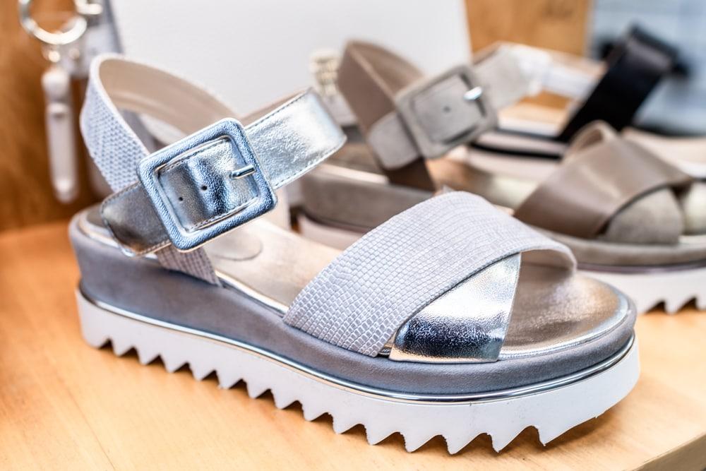 Sandalen, silber, dicke Sohle, Schuhe Hillebrand, Frühlingstrends, Schuhe, Mode, 9020 Klagenfurt am Wörthersee
