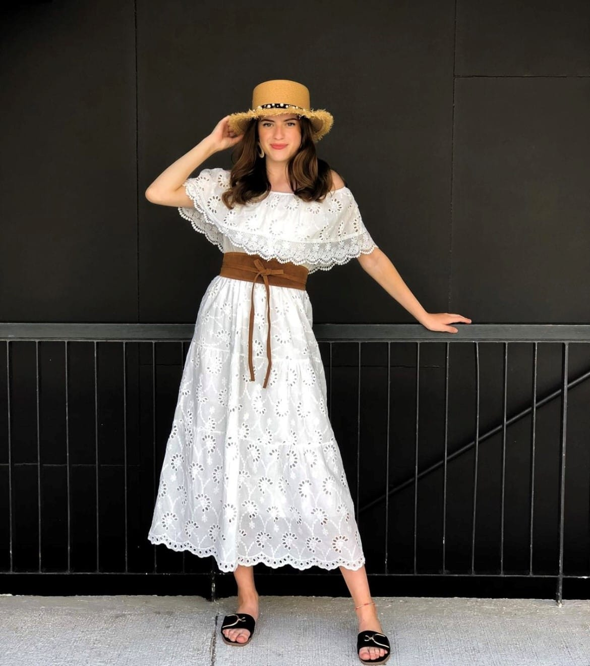 weißes Kleid, Maxikleid, Sommerkleid, Damenmode, Modetrends, Frühlingstrends 2021, 9020 Klagenfurt am Wörthersee